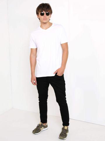 מכנסי ג'ינס גזרה ישרה