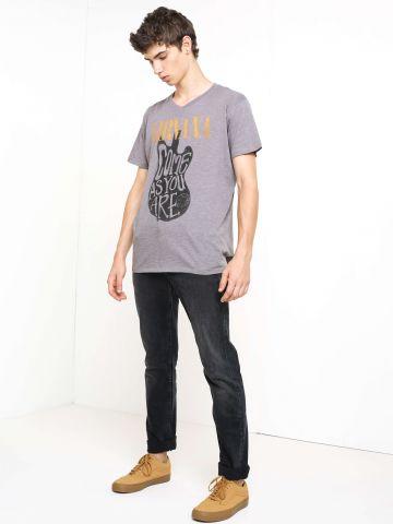מכנסי ג'ינס בגזרה קלאסית Rider Dark Raven