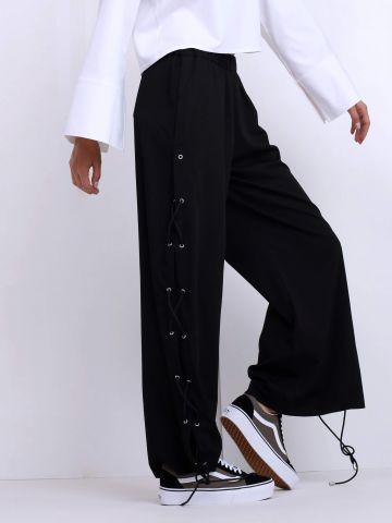 מכנסיים רחבים עם קשירות