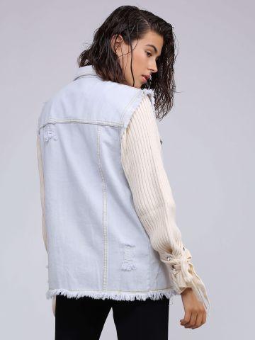 ווסט ג'ינס עם קרעים
