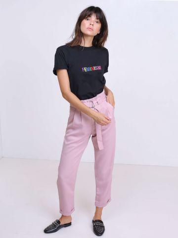 מכנסיים מחויטים עם קשירה מקדימה