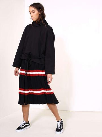 חצאית פליסה פסים
