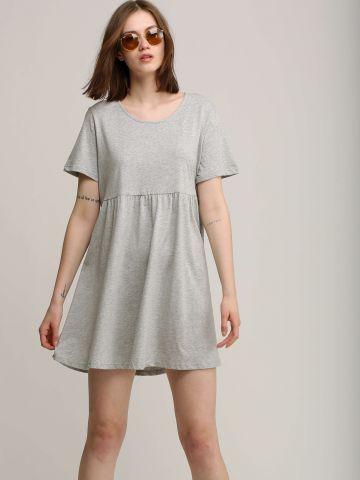 שמלת טי שירט עם פפלום