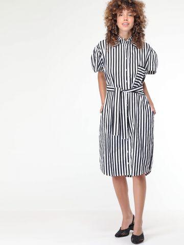 שמלה מכופתרת פסים עם קשירה