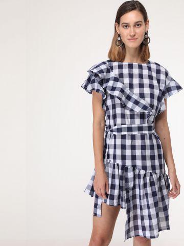 שמלת פפלום משבצות אסימטרית עם חגורת קשירה