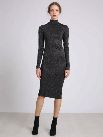 שמלת לורקס צמודה
