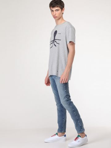 ג'ינס סקיני בשטיפה בהירה Strangler Climax
