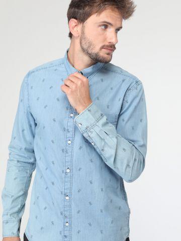 חולצת ג'ינס מכופתרת בהדפס ידיים