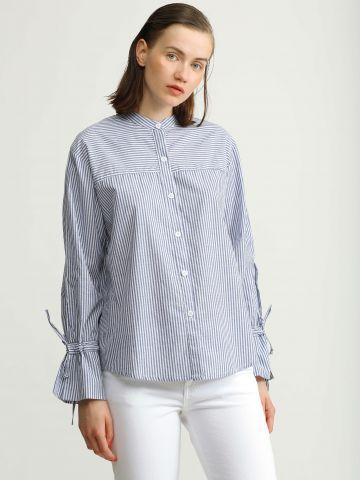 חולצה מכופתרת בהדפס פסים עם קשירות בשרוולים