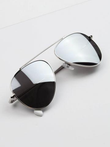 משקפיי שמש טייסים גשר