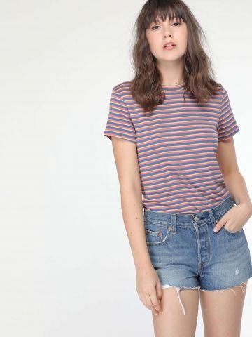 ג'ינס קצר עם קרעים וסיומת פרומה 501