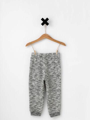 מכנסיים עם פפיון במותן