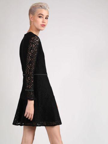 שמלת תחרה בעיטור אבנים