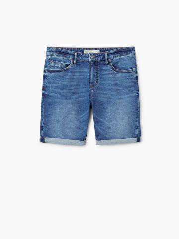 ג'ינס קצר