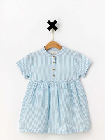 שמלת פפלום עם כפתורים