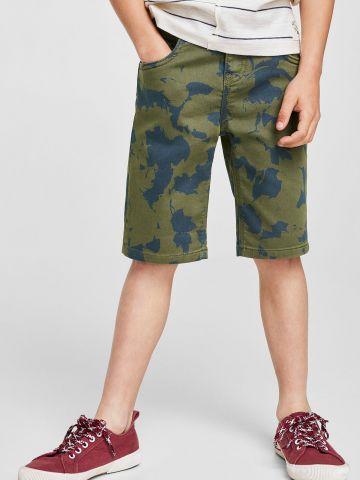 ג'ינס קצר עם הדפס