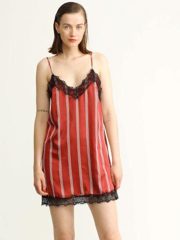 שמלת מיני עם סיומת תחרה