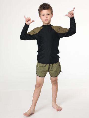מכנסי בגד ים קצרים