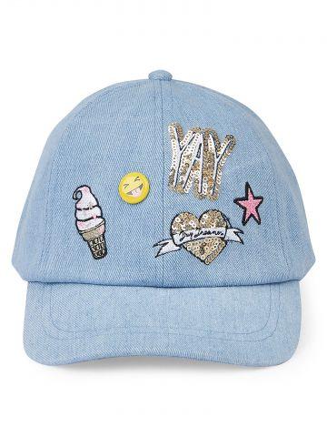 כובע מצחייה מבד ג'ינס בשילוב פאייטים