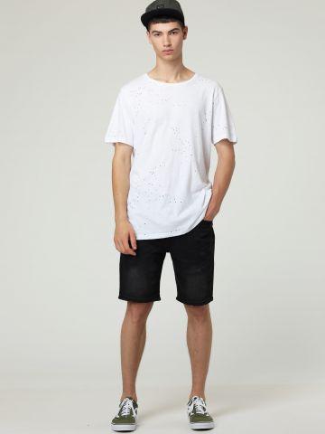 ג'ינס קצר בשטיפה כהה
