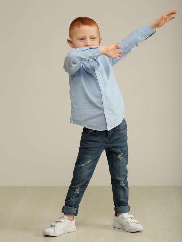 ג'ינס גזרה ישרה ווש עם קרעים