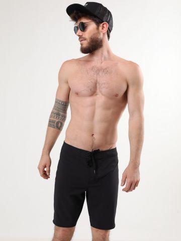מכנסי בגד ים עם לוגו