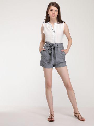 מכנסיים קצרים פסים עם עיטור קשירה
