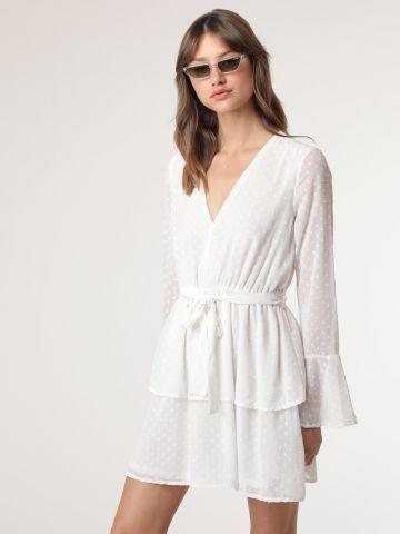 שמלת מיני עם טקסטורת נקודות
