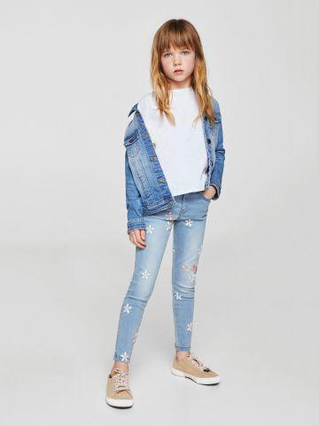 ג'ינס סקיני עם רקמת פרחים
