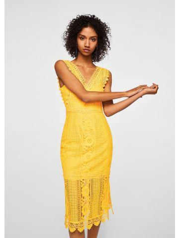 שמלת תחרה צמודה עם עיטורי רקמה