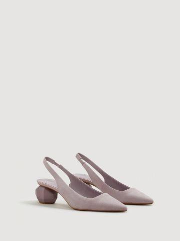 נעלי סטילטו עם עקב גיאומטרי