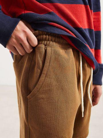 מכנסי טרנינג קצרים UO