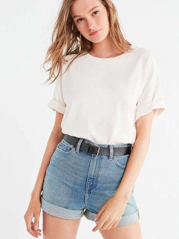 ג'ינס קצר בגזרת MOM BDG