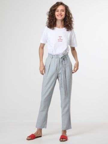מכנסי פשתן עם קשירה במותן