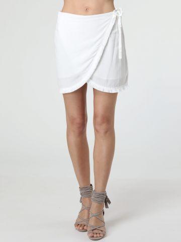 חצאית מיני מעטפת עם סיומת פרנזים