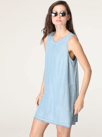שמלת ג'ינס מיני עם כיסים