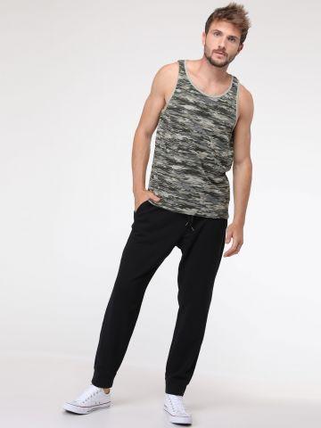 מכנסי טרנינג ארוכים עם כיסים