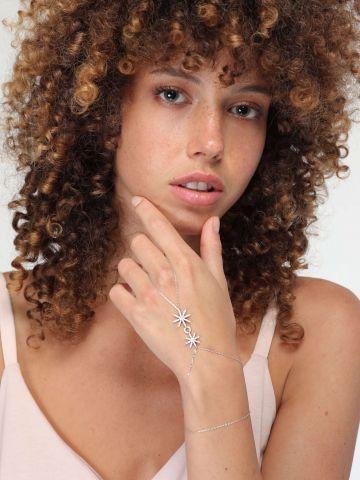 צמיד טבעת בעיטור שושנה ועיגול