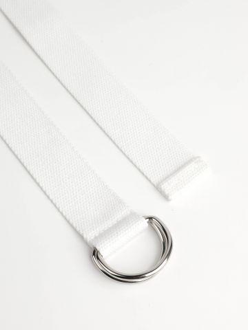 חגורת קנבס עם אבזם חישוקים