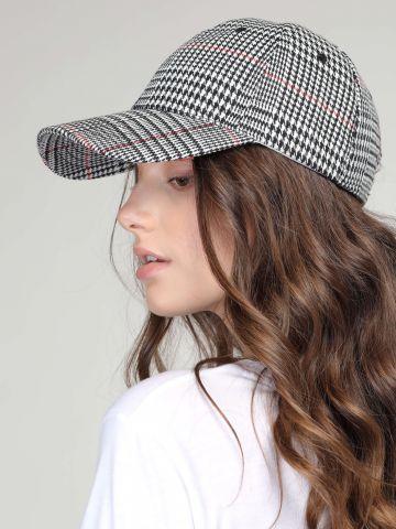 כובע מצחייה משבצות
