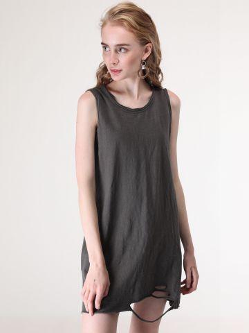 שמלת מיני עם עיטורי קרעים