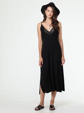 שמלת מידי ריב עם עיטורי תחרה
