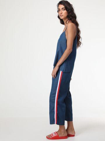 מכנסיים דמוי ג'ינס עם פסים בצדדים - חלק מחליפה
