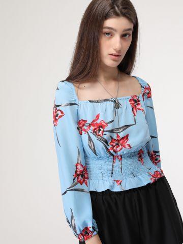 חולצת קרופ פרחים עם כיווצים