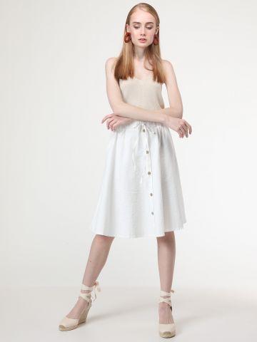 חצאית בשילוב כפתורים ושרוך קשירה