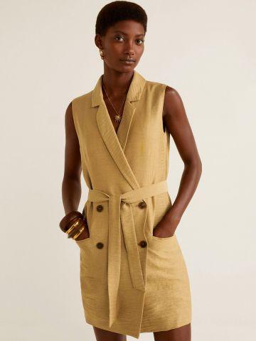 שמלת בלייזר עם חגורת קשירה וכפתורים