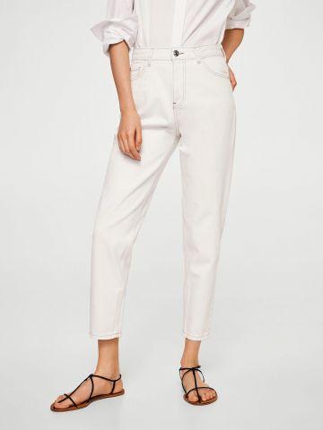 ג'ינס בגזרת MOM עם תפרים בולטים