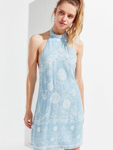 שמלת מיני קולר בהדפס פרחים עדין UO