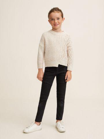 סוודר עם סיומת אסימטרית