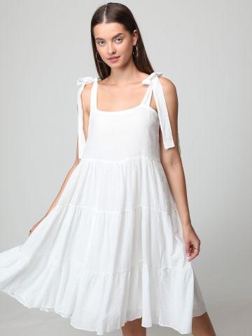 שמלת מידי קומות עם כתפיות נקשרות